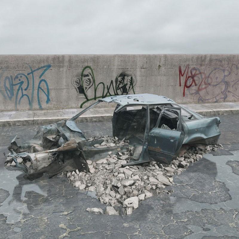destroyed car 075 am165
